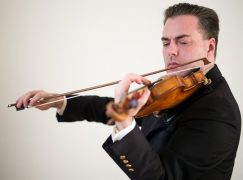 Vienna Philharmonic votes for no change