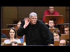 Sad news: Eminent conductor collapses and dies