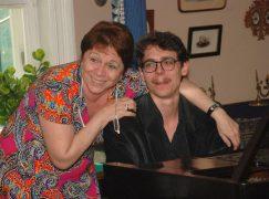 Lucas Debargue's teacher is upgrading amateur pianists