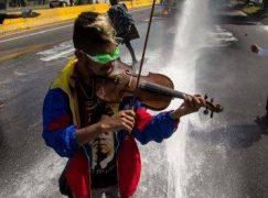 Venezuela frees protest violinist
