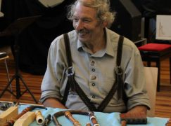 Death of a fabled instrument maker, 76