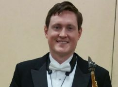 Appeal for clarinet player with a broken back