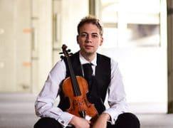 Austria loans a Guadagnini to quartet violinist