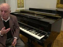 Barenboim launches Smetana film with cigar ash on the piano