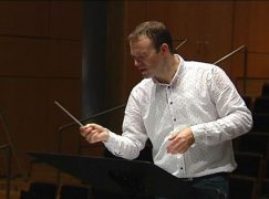 Belgian conductor gets French orchestra