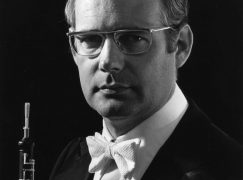 Canada mourns a founding oboist