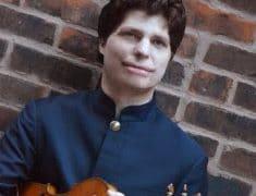 Label news: Warner signs a Paganini guy