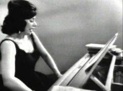 Death of a busy American soprano, 91