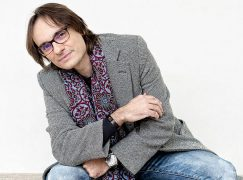 Sudden death of Spanish conductor, 43