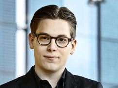 Sicklist: Helsinki loses both conductor and soloist. Problem?