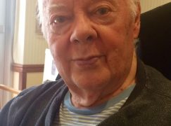 Death of an American song composer, 87