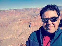 Biz news: Tito drops US agent for UK