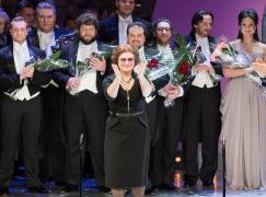 Russia mourns top chorus director