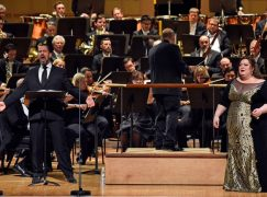 Emergency Wotan arrives just in time to shake the conductor's hand