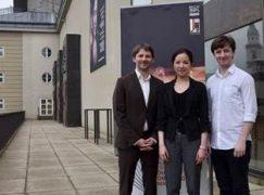 Salzburg tests finalists with Schoenberg's opus 9