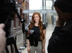 Rising mezzo-soprano makes the most of red hair