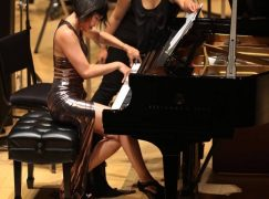 Yuja Wang's dress designer is accused of deception