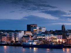 Wexford chief quits