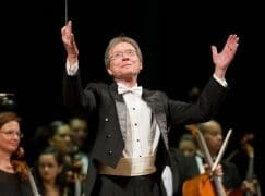 Death of a US idealist who founded two national orchestras