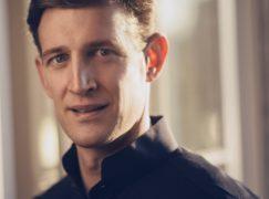 Washington Opera names an American as chief conductor