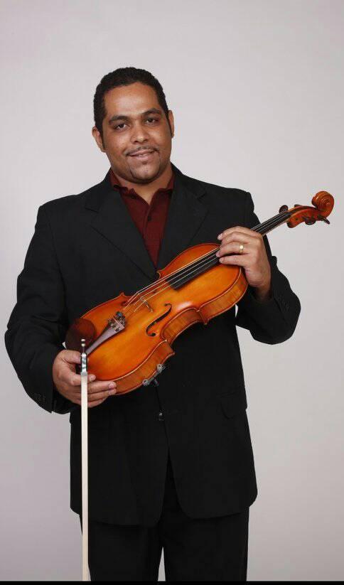 Brazil mourns fine viola player, 33