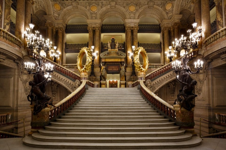 Why is there a tractor in the Opéra de Paris?