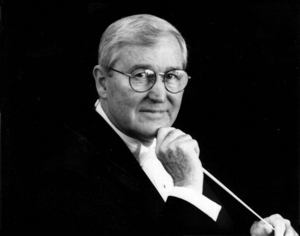 US music director dies at 95