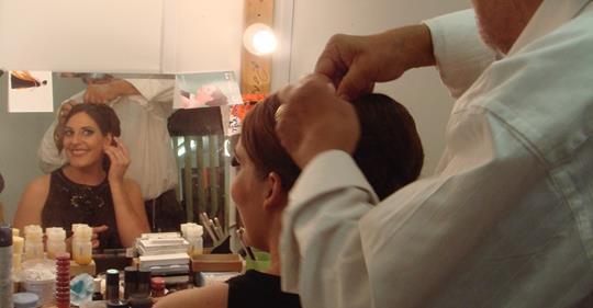 Opera world mourns head of wigs