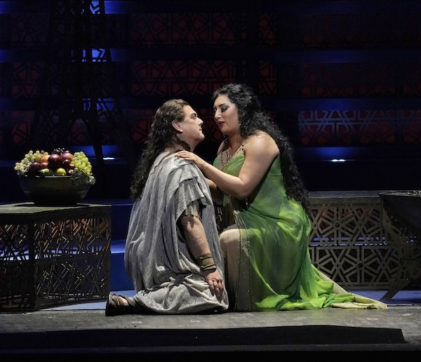 Kunde's comeback: First review from the Met