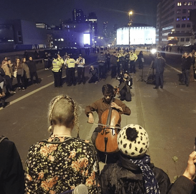 The anonymous cellist of Westminster Bridge