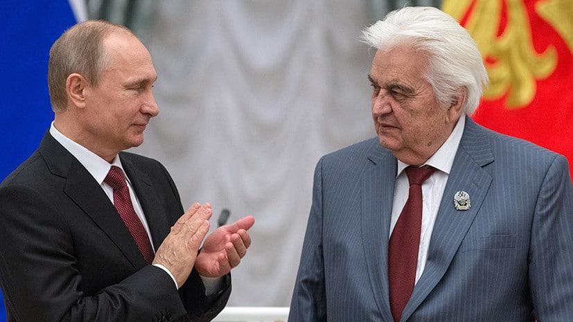 Russians mourn a popular Soviet composer