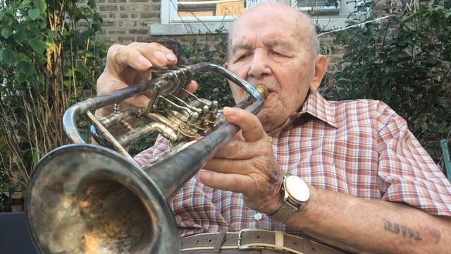 Death of an Auschwitz musician, 103
