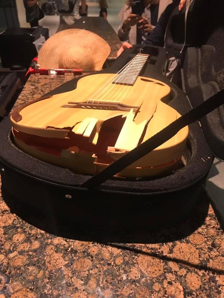American Airlines breaks guitars