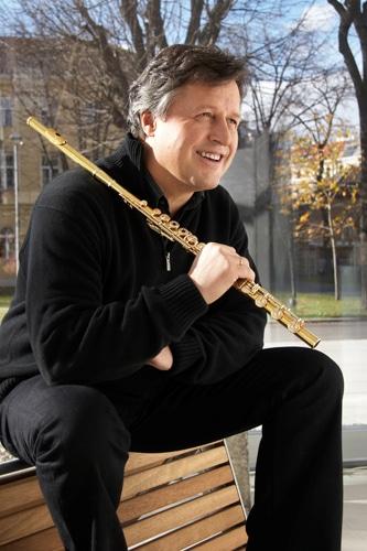 Sad death of eminent Vienna flute, 63