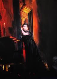 Netrebko promises Salzburg a Tosca