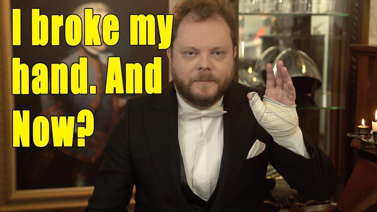 Pianist breaks a hand