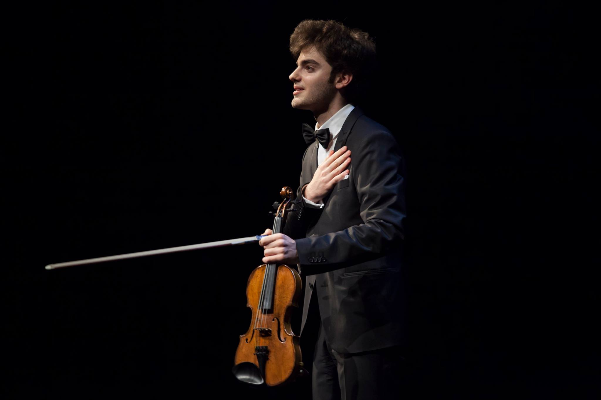 Label news: Young violinist quits Sony