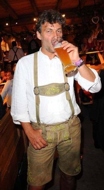 Thirsty work, this Munich Otello