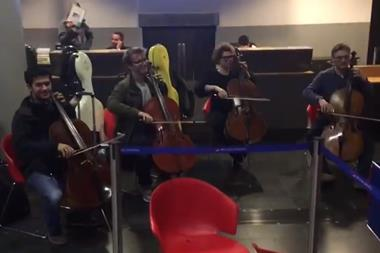 Cellists blast British Airways in Swiss protest
