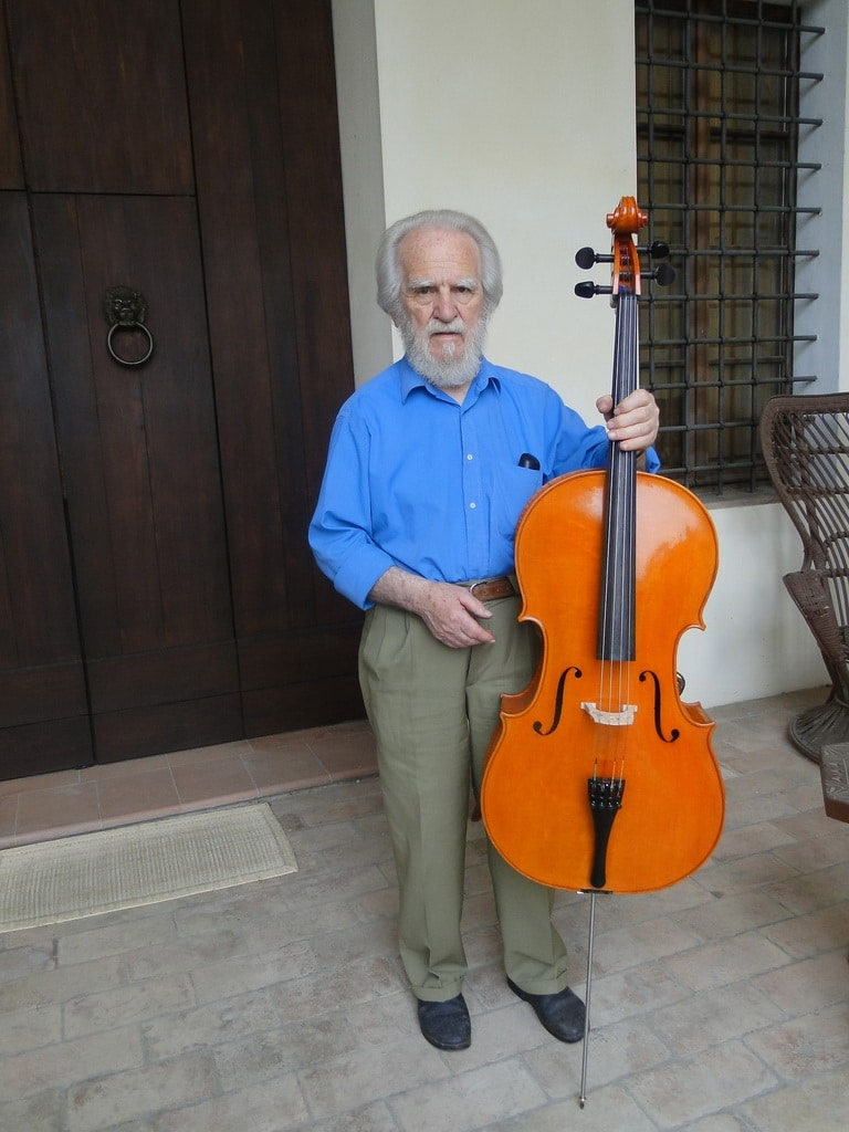 Death of an eminent luthier
