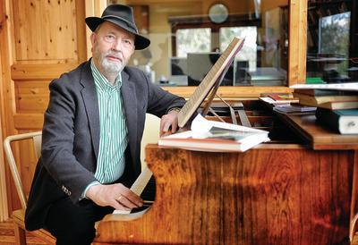 Death of dominant German musicologist