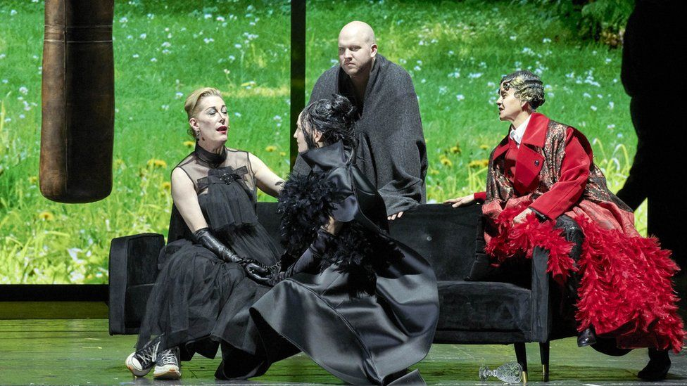 So how was Vienna's first woman's opera?