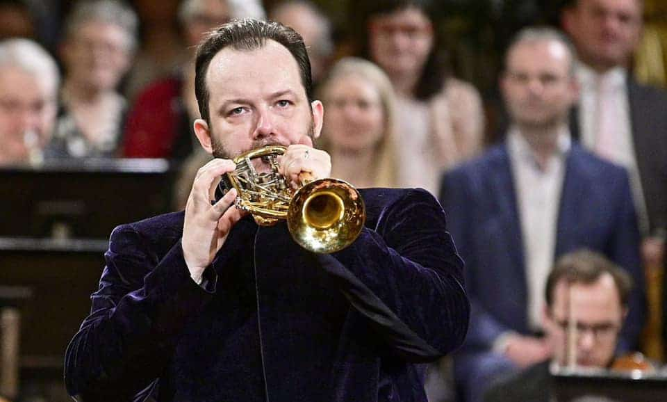 Andris Nelsons plays trumpet at Vienna's New Year concert