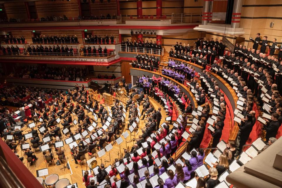 UK orchestra offers 5,000 future tickets to health workers