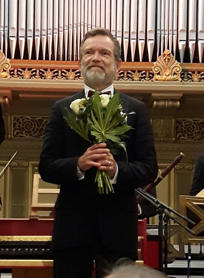 Maestro quits Houston 'due to personal circumstances'