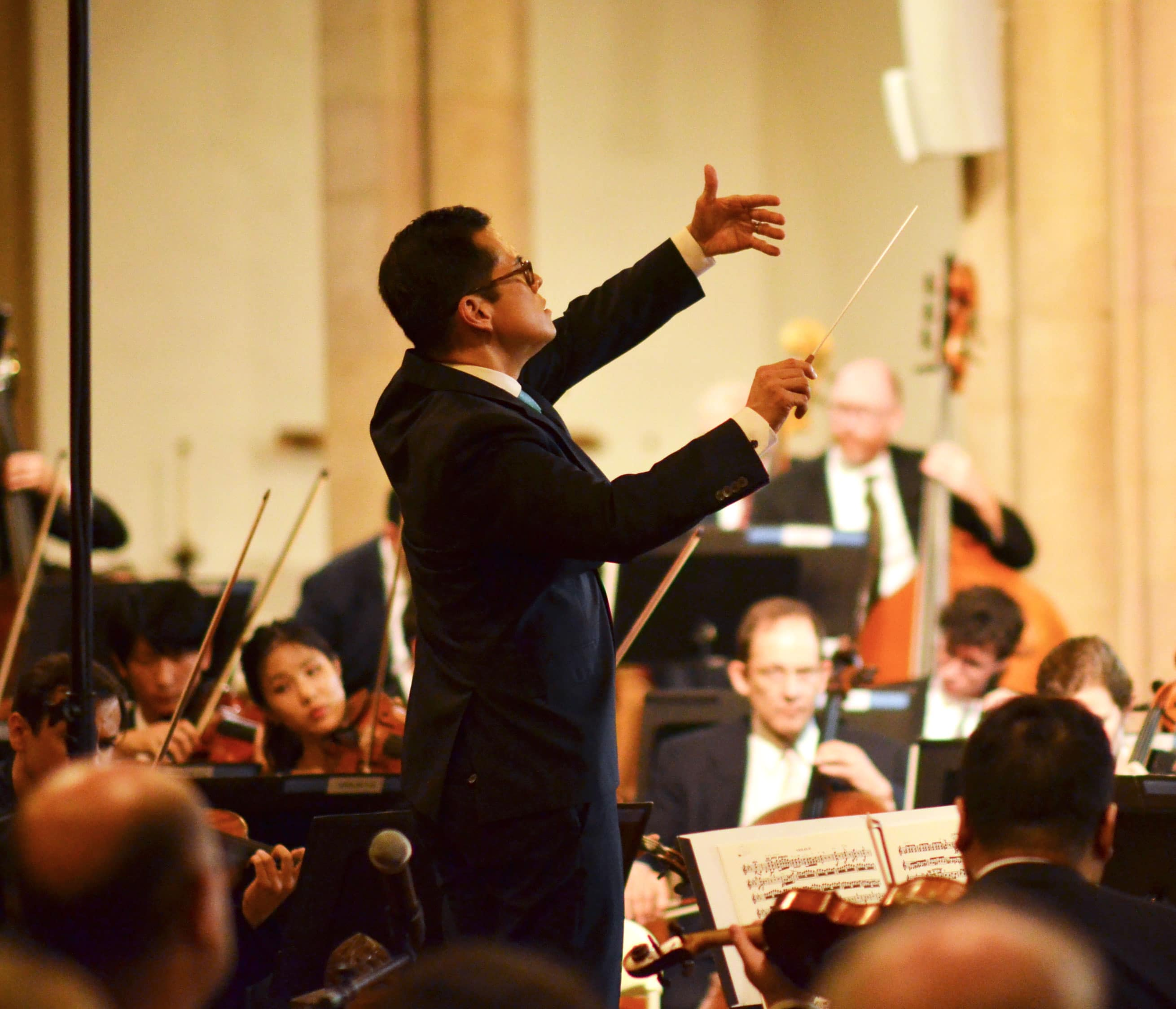 Met concertmaster gets 7-year conductor's contract
