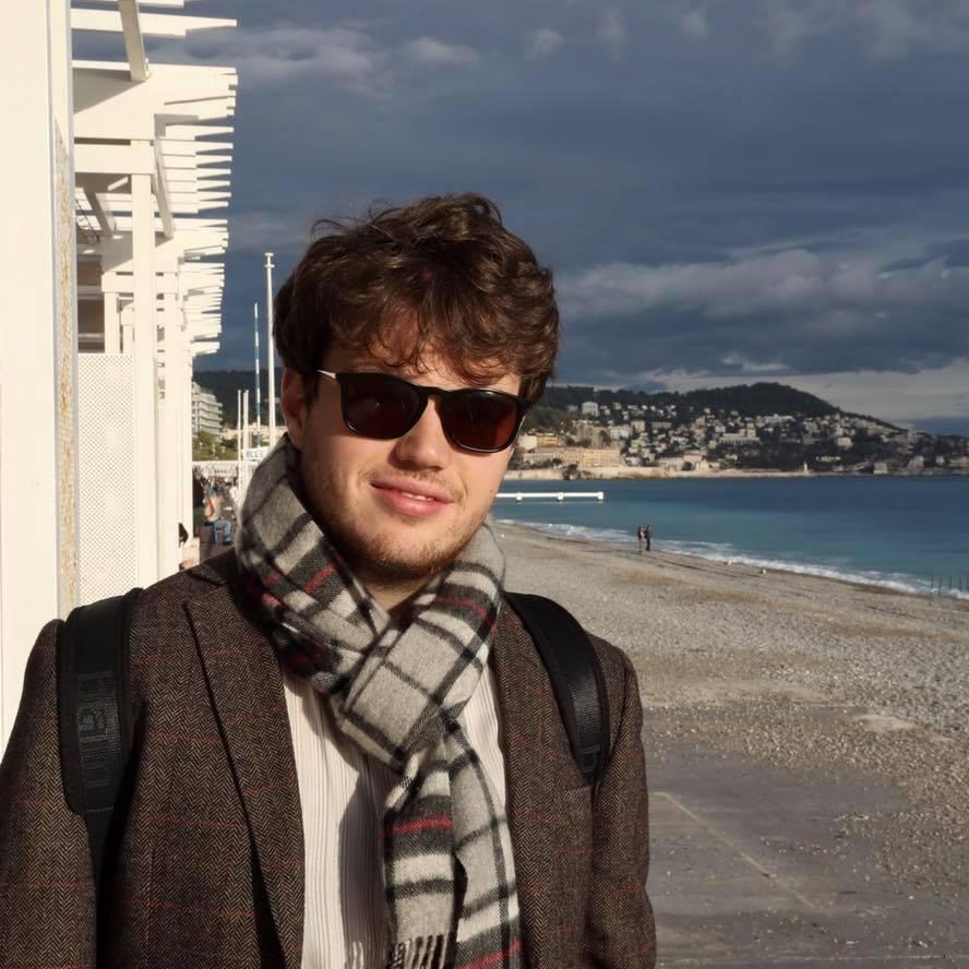 Young UK violist wins first Jeffrey Tate award
