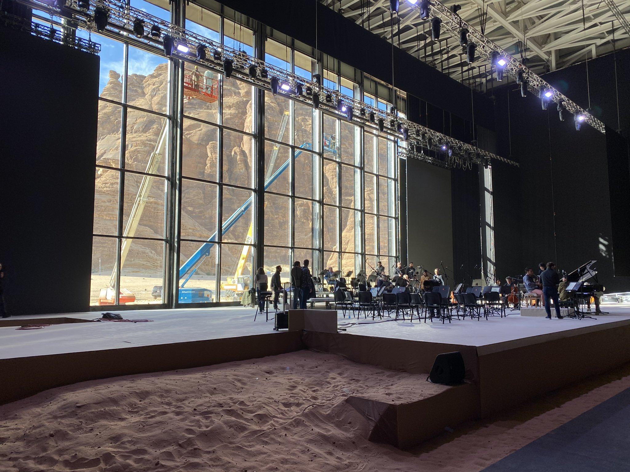 French orchestra plays Beethoven in Saudi desert