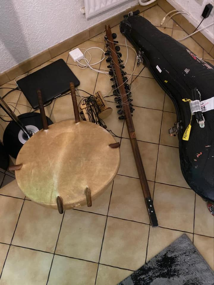 Musician accuses JFK officials of smashing his instrument