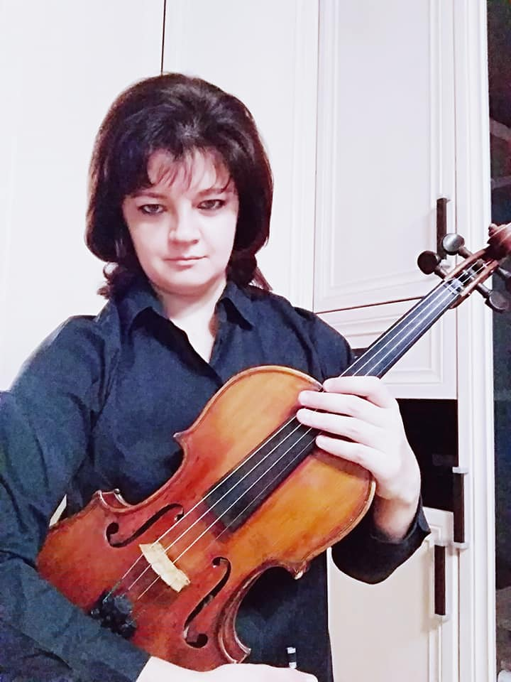Moscow Philharmonic violins are seized at Moscow airport